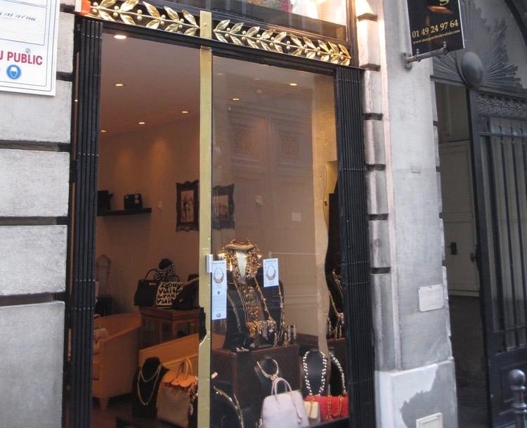 Valois Vintage Paris,8 Rue des Saussaies, 75008 Paris, France