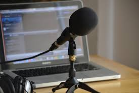 The vast majority of podcasters do not have studios or teams behind them; it's just one person, their computer and their microphone, and everything is up to them.