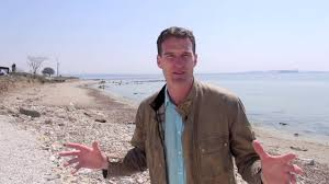 Everyone's historical boo Dan Snow, just look at that dreamy desire for knowledge...