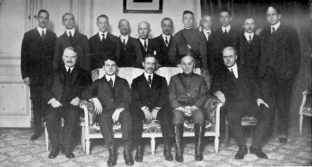 You are a delegate, and a very valued one at that, but the beauty of the  Delegation Game  is that you do not have to go it alone. There's strength in numbers, as those assembled at Paris in 1919 realised. Knowing what we know about how the Paris Peace Conference went down, who would you cooperate with among your fellow delegates to get things done, and do any likeminded fellows exist among these peers that you can identify with?