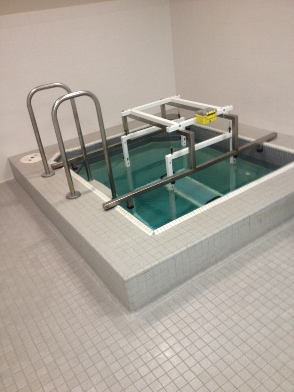 The Underwater chamber used for Hydrostatic Weighing