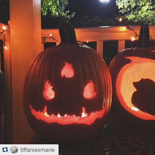 Gamer inspired #halloween pumpkin based on #destiny. Cool! #lovetocarvepumpkins Pumpkin by @tiffaniexmarie