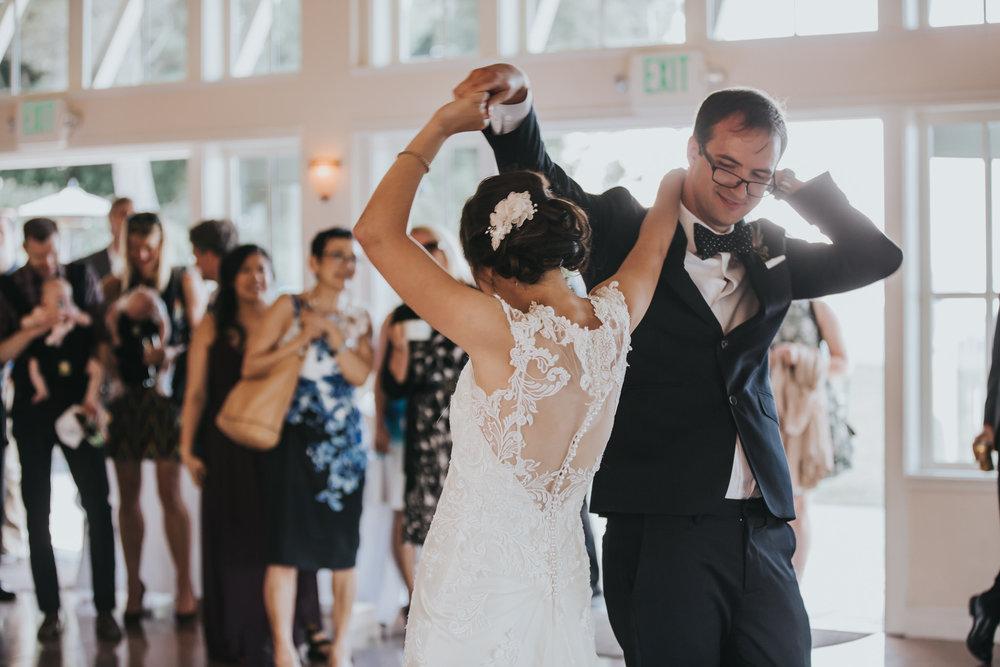 seattle wedding photorapher