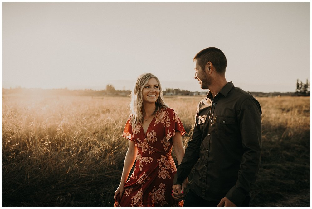 golden hour engagement session issaquah