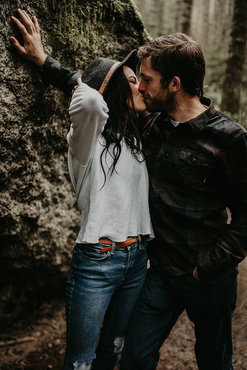 rattlesnake-lake-engagement-session_0000.jpg