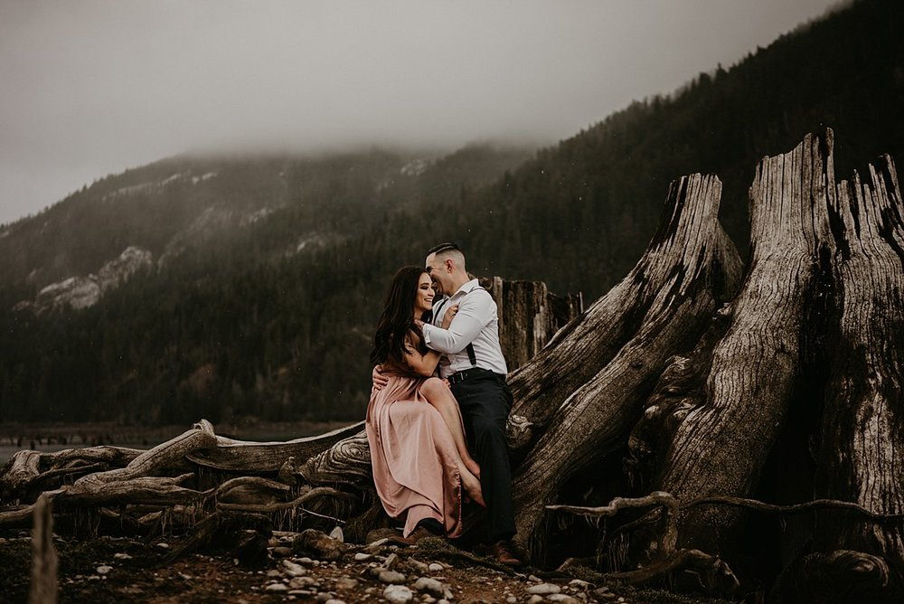 lake-cushman-engagement_0007.jpg