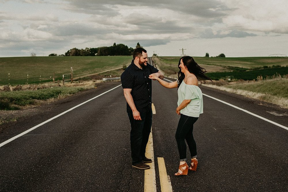 moses-lake-engagement-session_0008.jpg