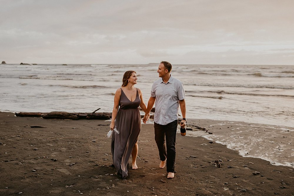 ruby-beach-engagement-session_0003.jpg