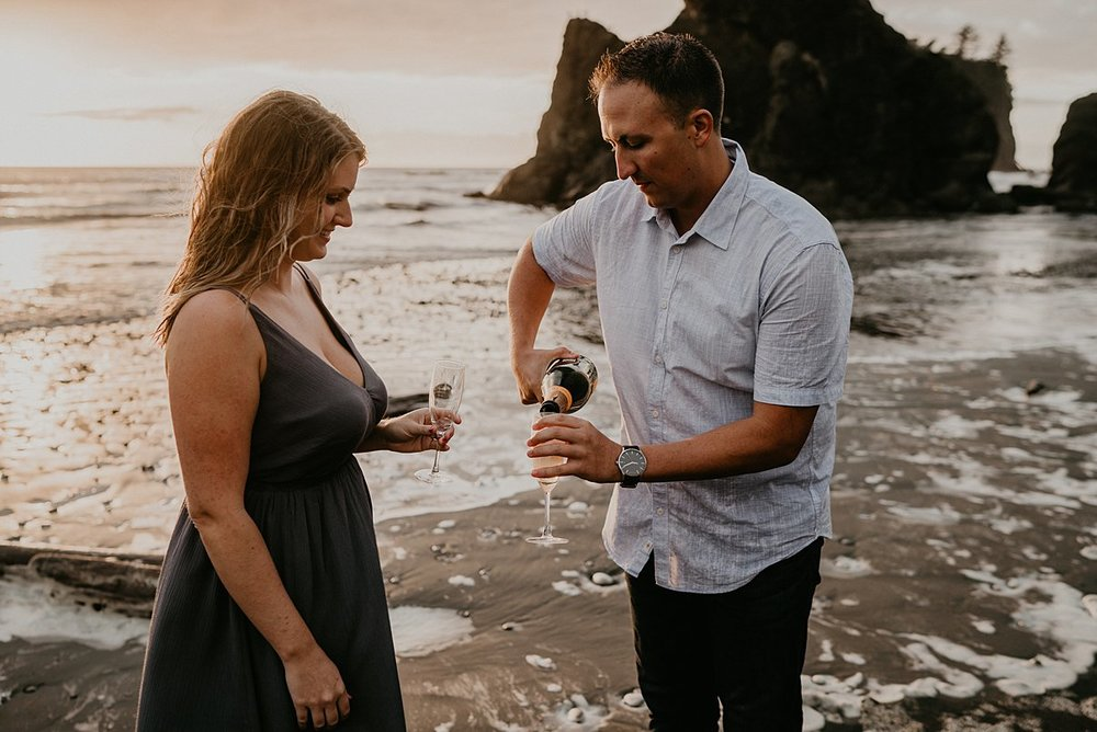 ruby-beach-engagement-session_0005.jpg
