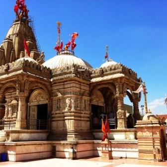 Shankaracharya-Temple.jpg