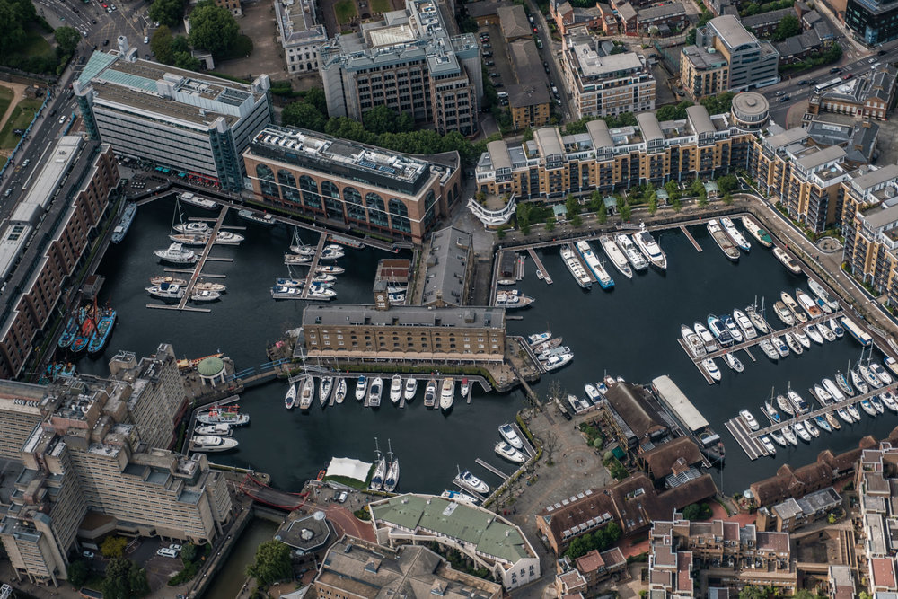 St Katharine dock marina - with 16-55mm f2.8 @36mm, f2.8, iso200, 1/1000s