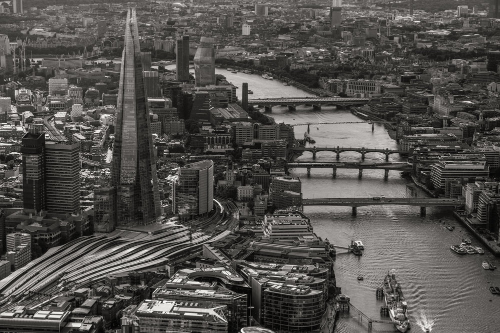 Shard and bridges - with 16-55mm f2.8 @28mm, f4, iso200, 1/1000s