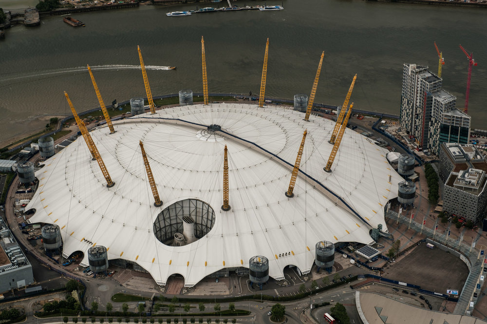 Millennium Dome - with 16-55mm f2.8 @31mm, f5, iso200, 1/1000s