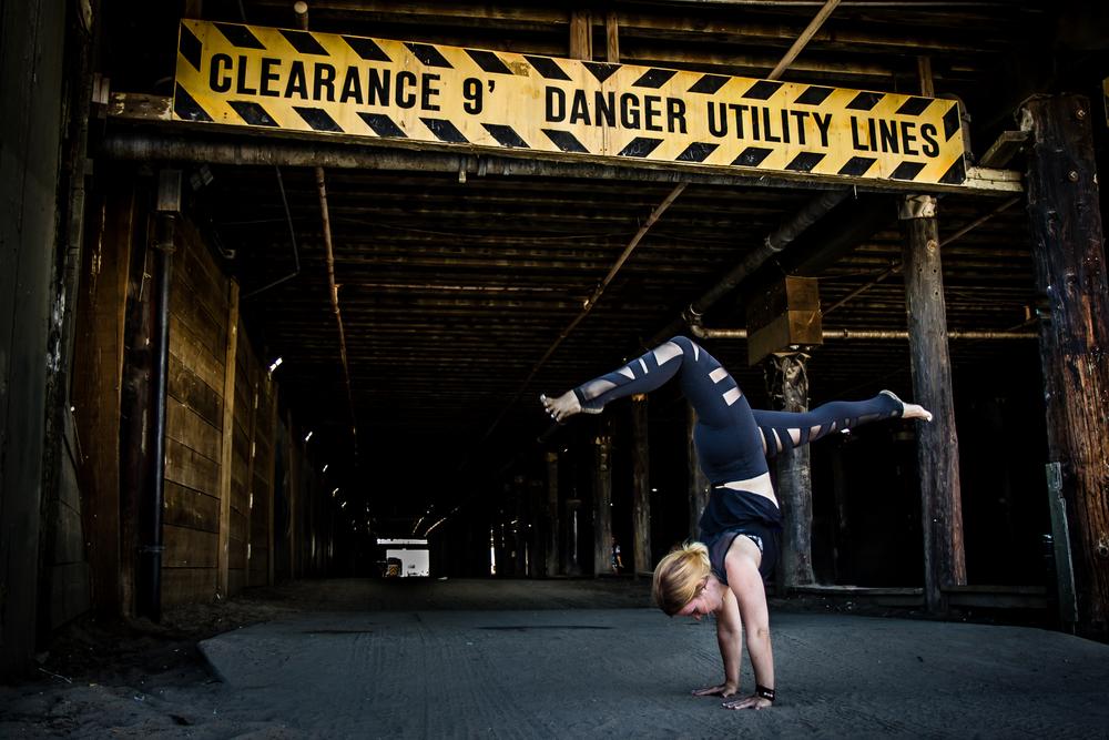 Casey_tunnel_handstand.JPG