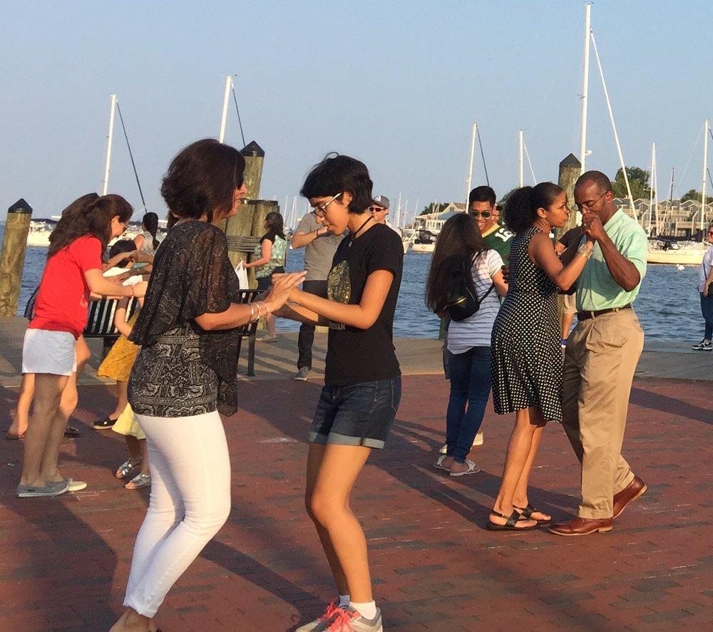 Annapolis Dock Salsa Class & Social Dancing