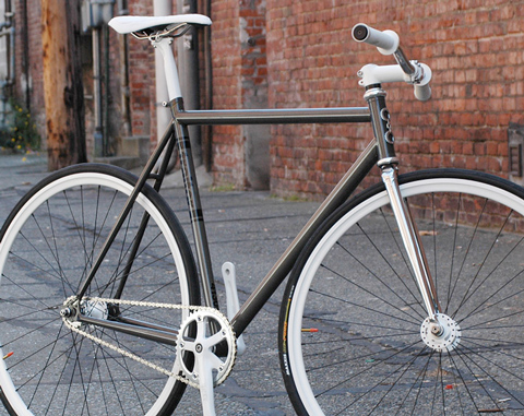 The Ringleader: Fixed gear design that takes simplicity to the next level.