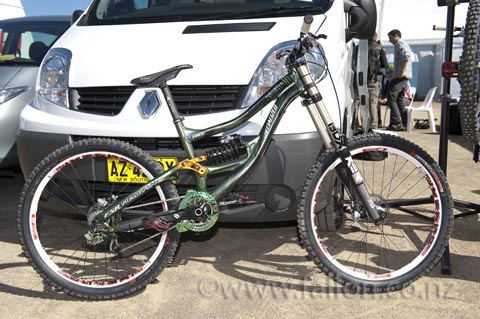 Sam's pimped SX trail
