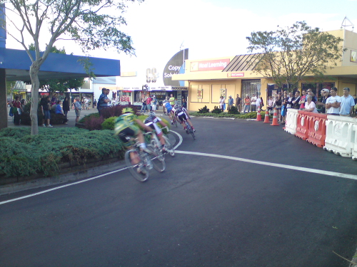 "Friday night ""the rockstars"" of NZ road racing hit the streets of Taupo for a criterium race, the high speed action drew a sold crowd and was worth a watch."