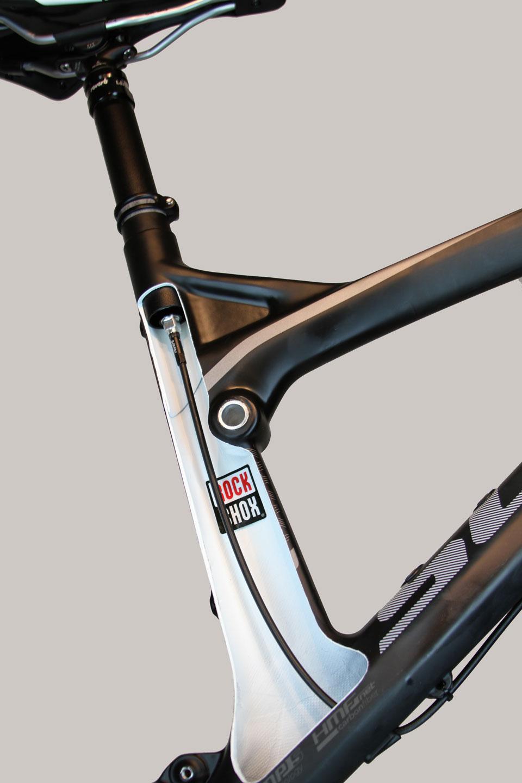 scott-frame-cutaway-reverb-stealth