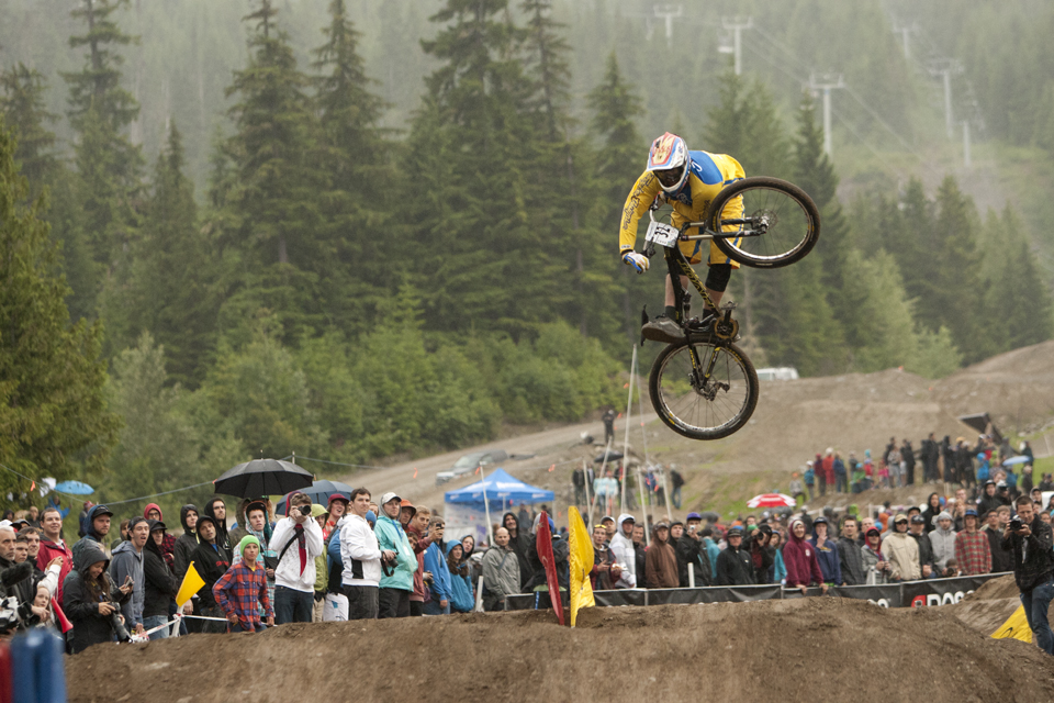 Kyle Strait throwing down this 1 foot table after Michal Marosi crashed out