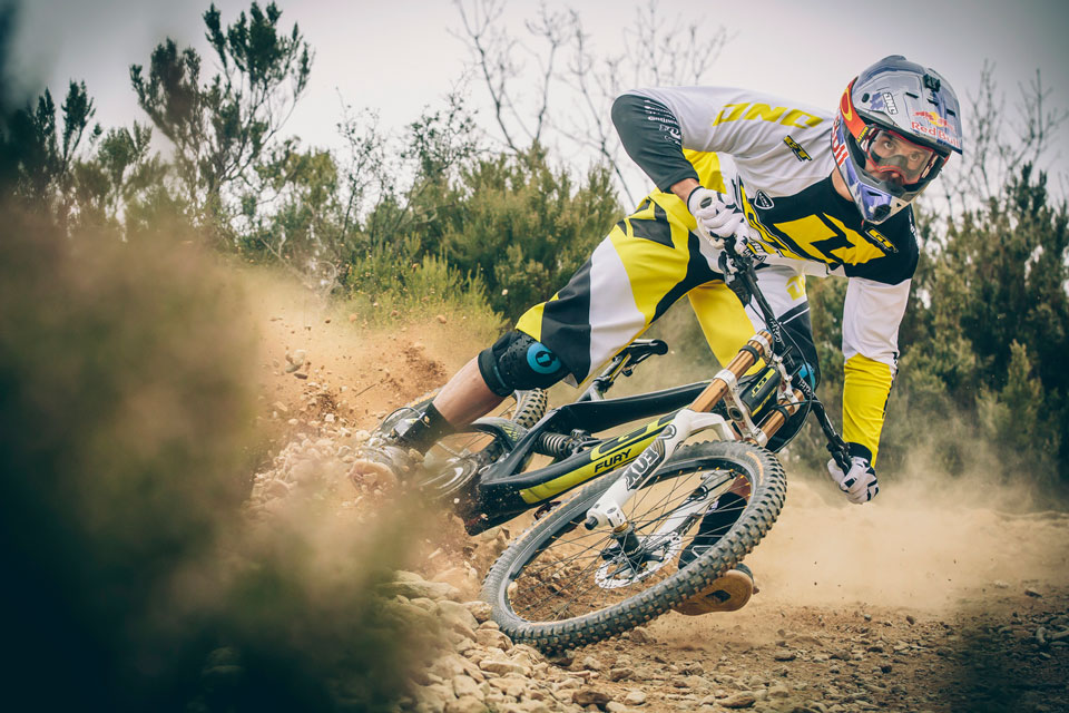 Gee_Atherton_Action