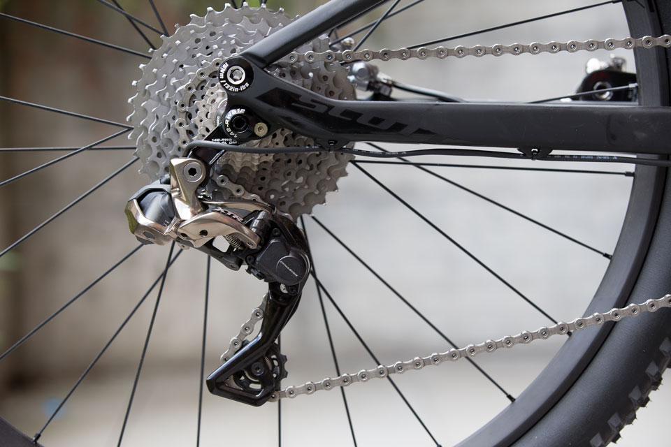 Spark-700-Ultimated_Close-up-Image_2015_BIKE_SCOTT-Sports_03