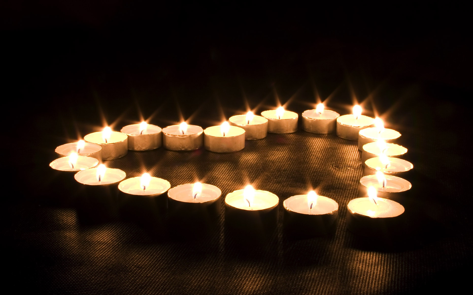FreeGreatPicture.com-3858-candle-wallpaper