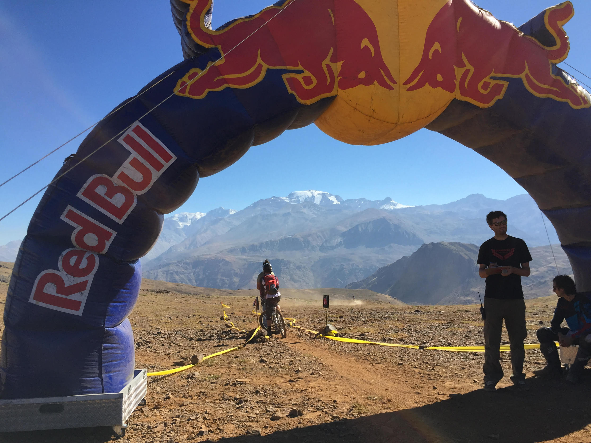 The first stage of Day 2 began here and descended into the valley below. If the views weren't enough to get you excited, Red Bull also had a DJ pumping out the tunes as riders crossed the start line.