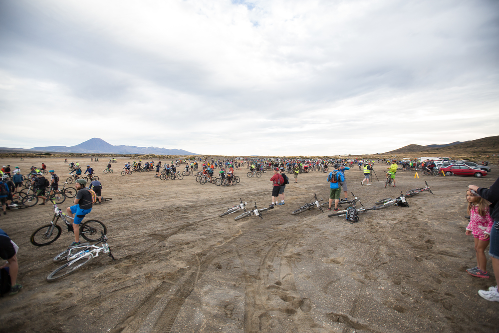 It was quite a sight to see over 500 riders milling about in the middle of the desert waiting for the 8:45am start. Mount Ngarahoe's volcanic peak in the distance.