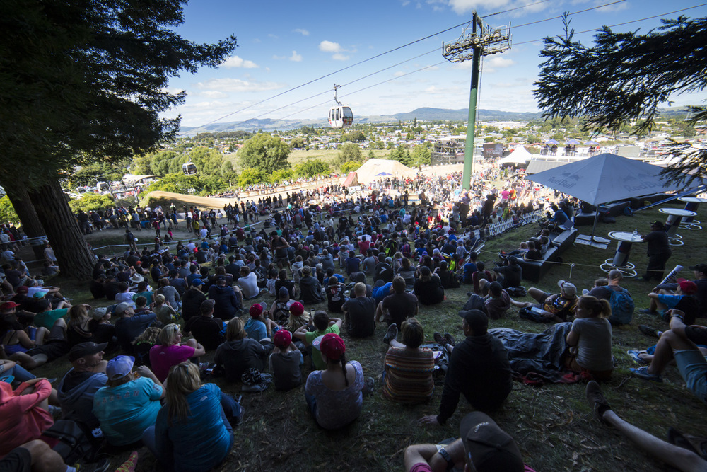 Huge crowd in for Saturday's blue ribbon event - the McGazza Slopestyle