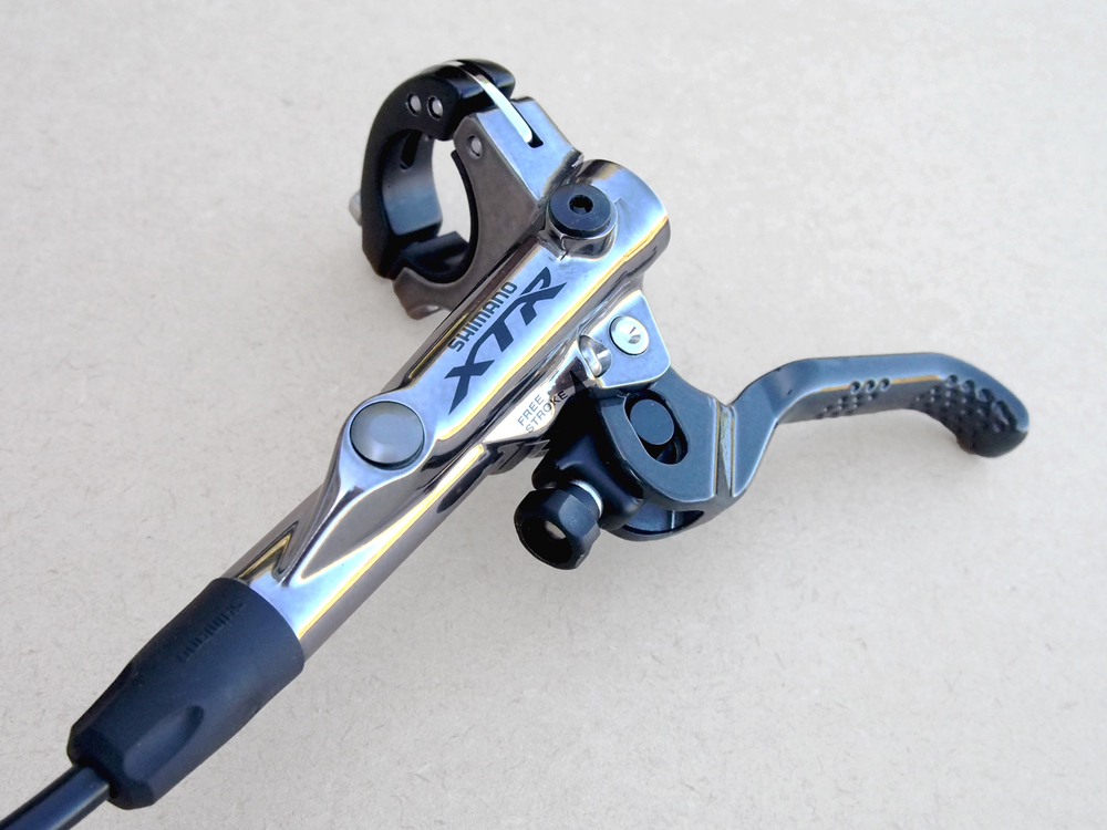 The new XTR BR-M9020 Trail brake is said to offer a more progressive action and feel over previous servo wave brakes from Shimano.