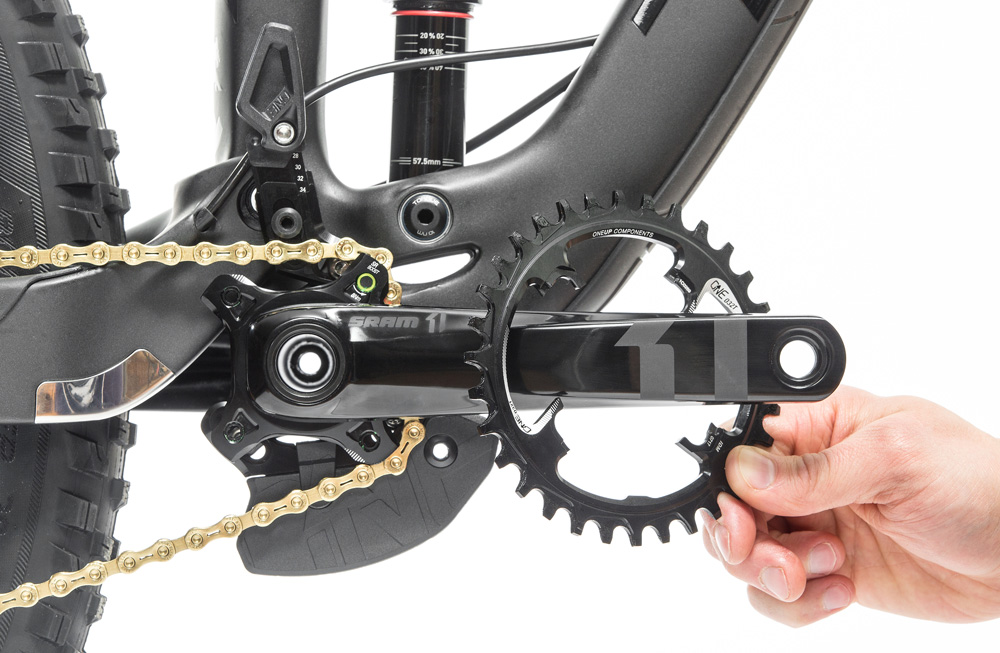 OneUp-Components-Switch-Chainring-Trek-Slash-SRAM-GXP-ring-change.jpg