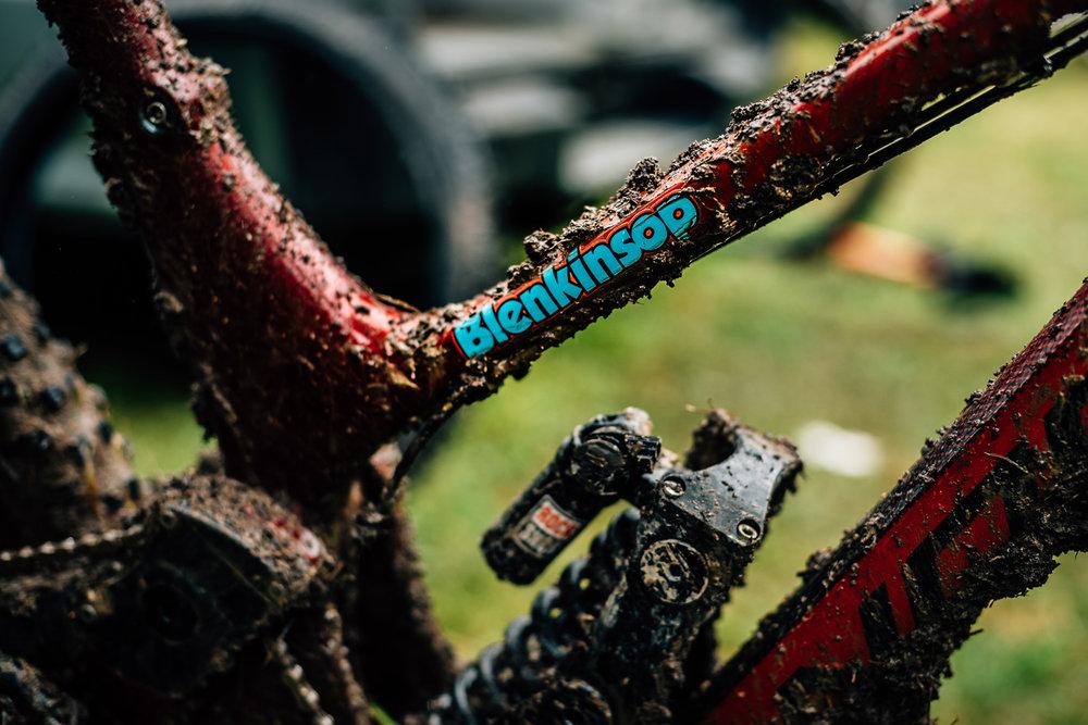 Blenki's mud-covered, but winning, rig.