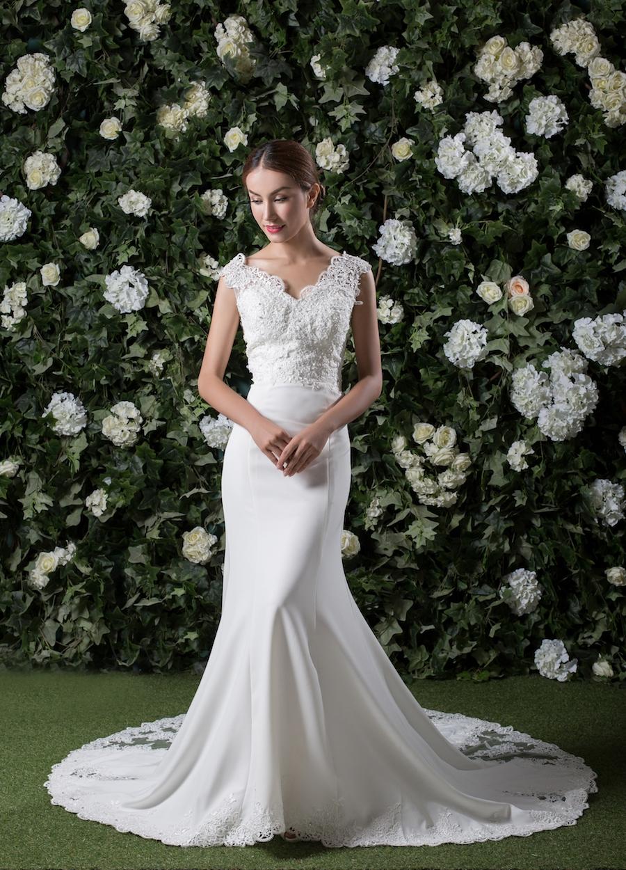 Style 1806 - Fabric: Crepe & Luxury Lace