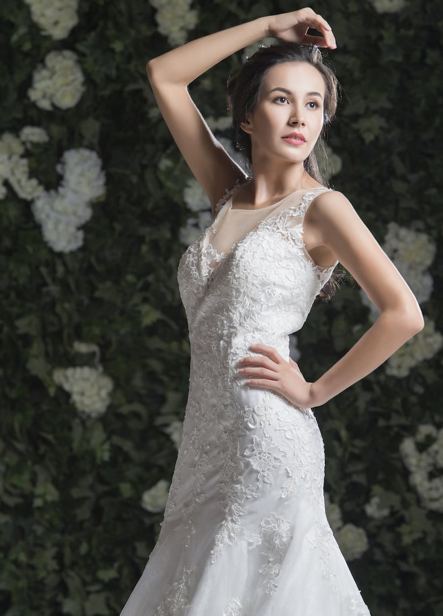 Style 1805 - Fabric:Luxury Lace