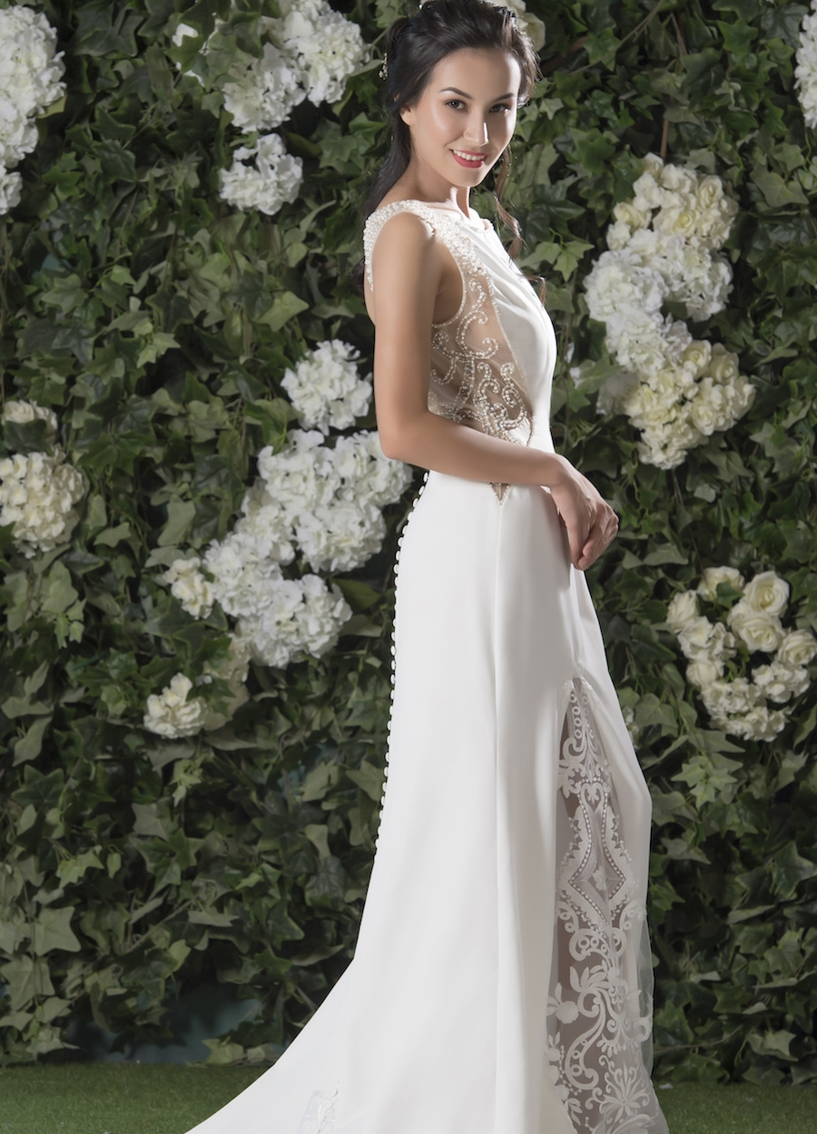 Style 1809 - Fabric: Crepe & Luxury Lace