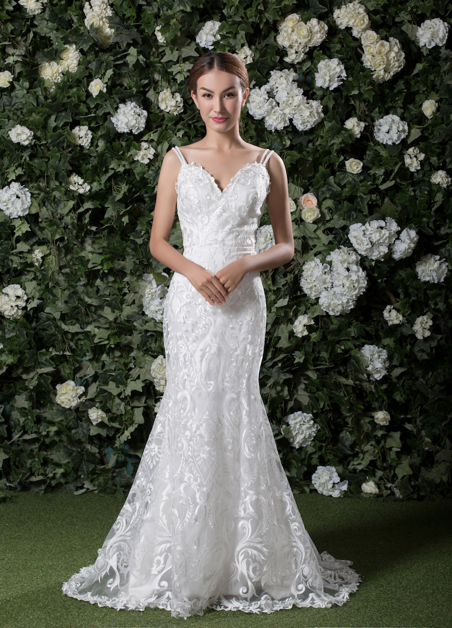 Style 1808 - Fabric: Symmetrical Embroidery Lace