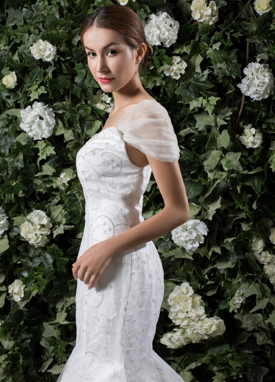 Style 1810 - Fabric: Luxury Lace