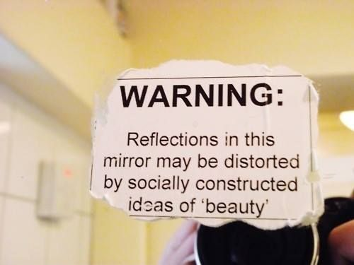 how social media affects girl's body image