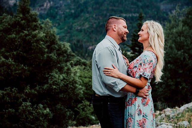 """Some souls just understand each other upon meeting."" ~n.r. hart . . . #coloradolove #love #lovestory #happilyeverafter #loveauthentic #loveandwildhearts #wildhearts #wildandfree #dirtybootsandmessyhair #beauty #kenaiversenphotography #colorado #coloradophotography #coloradophotographer #mountainlove #portrait #love #floral #floraldress #couple #couplephoto #engagement #couplegoals #montrosecolorado #telluridecolorado #himandher #souls #soulmate #soulmatequotes"