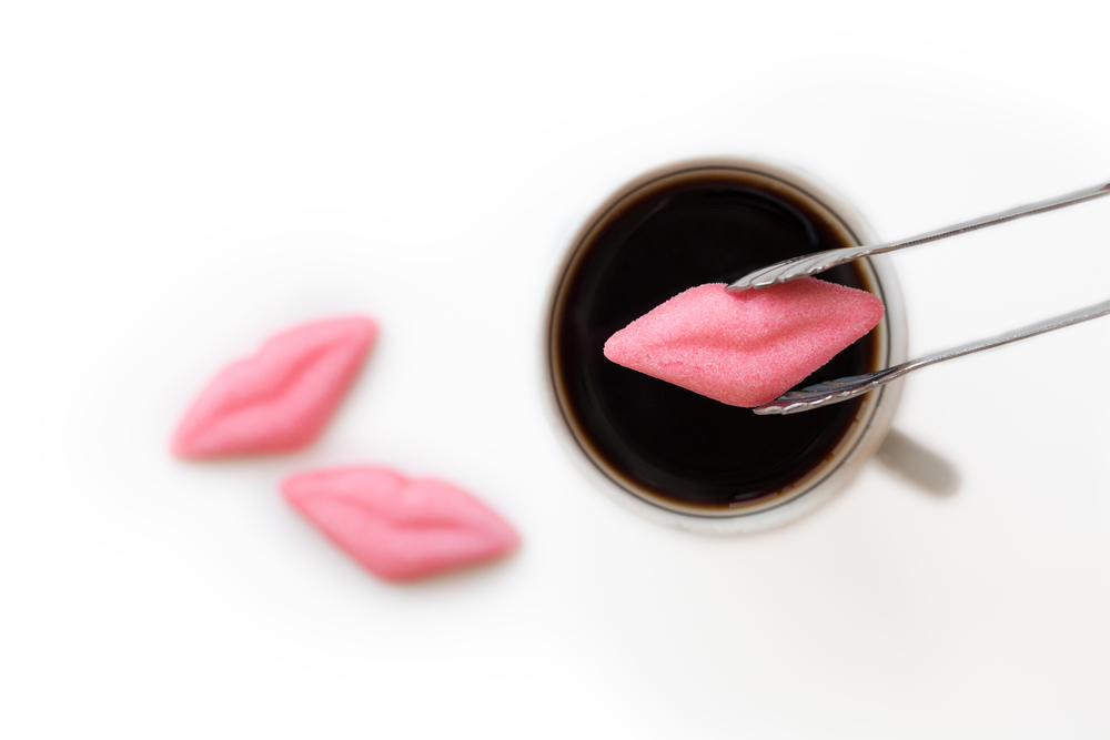 lipscof.jpg