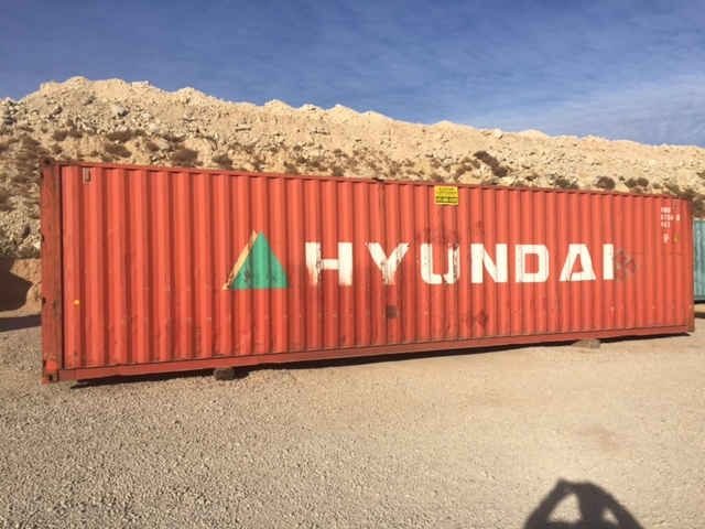 40' container.JPG