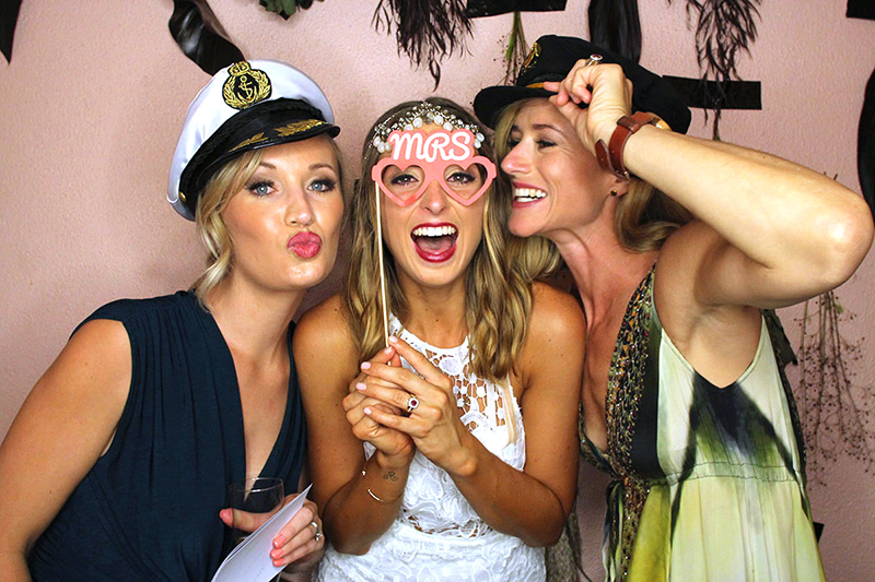 photobooth wedding ideas