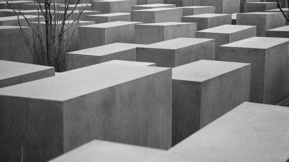black-and-white-art-berlin-germany.jpg