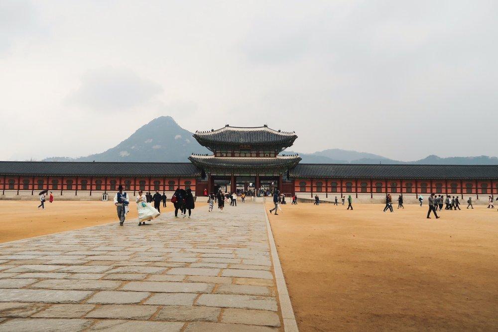 Divine Tio Gyeongbokgung