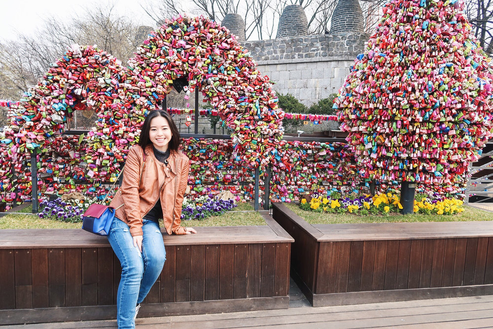 Divine Tio N Seoul Tower Locks of Love