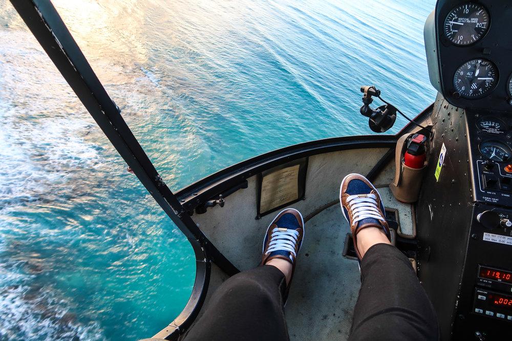 Divine Tio Waikiki Aerial Novictor Helicopter