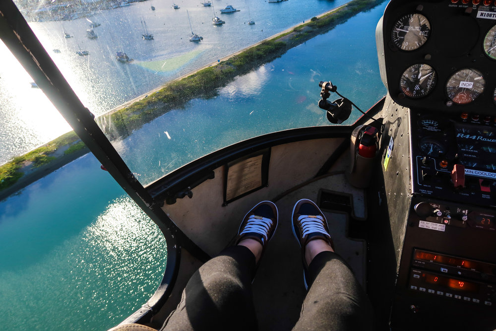 Divine Tio Waikik Aeriali Novictor Helicopter