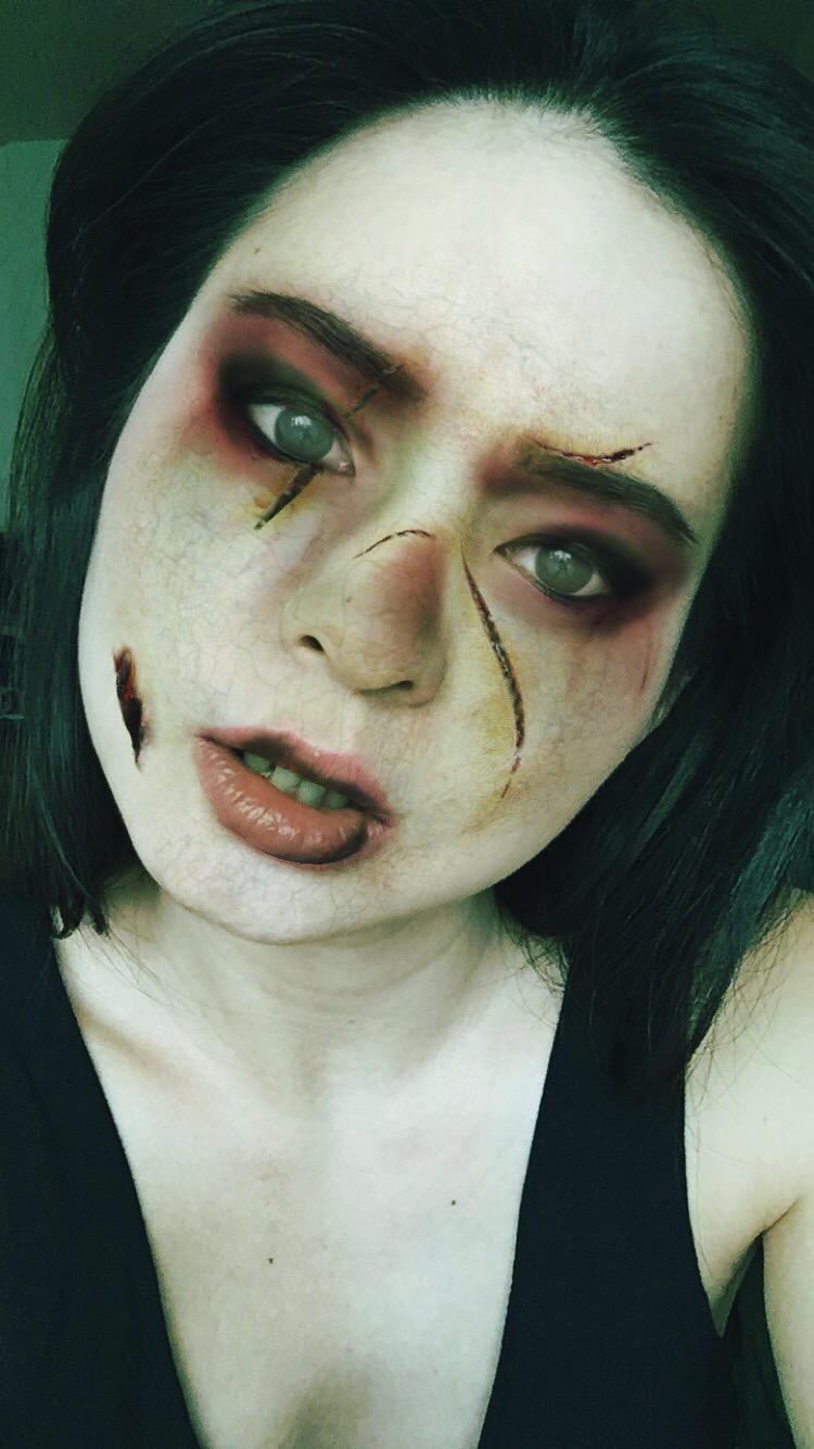 Divine Tio Halloween Zombie Instagram