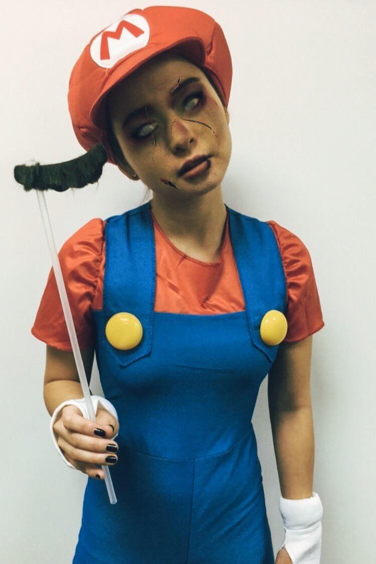 Divine Tio Super Mario Bros Zombie